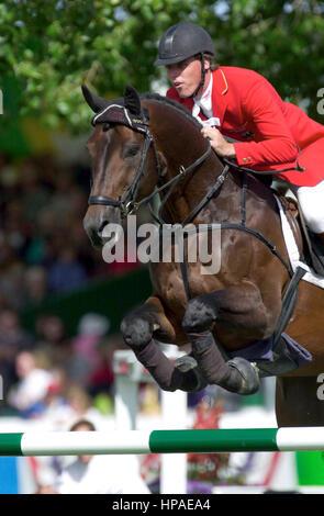 CSIO Masters, Spruce Meadows, en septiembre de 2000, René Tebbel (GER) Radiador de equitación Foto de stock