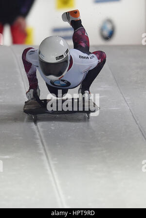 Koenigssee, Alemania. 24 Feb, 2017. Atleta canadiense Mirela Rahneva en acción en la IBSF Bobsleigh y Skeleton Campeonatos Foto de stock