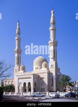 Mezquita Jumeirah, Al Jumeira Road, Jumeirah, Dubai, Emiratos Árabes Unidos.