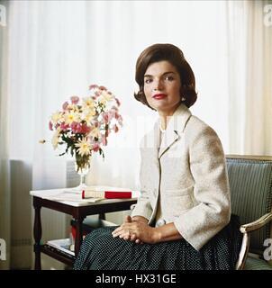 La primera dama Jacqueline Kennedy el 01 de junio de 1955