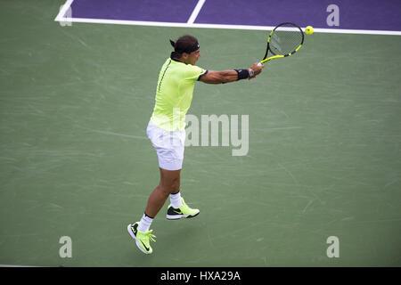 Miami, FL, EEUU. 26 Mar, 2017. Marzo, 26 - MIAMI, FL: Rafael Nadal(ESP) en acción aquí derrotas Philipp Kohlschreiber(GER) Foto de stock