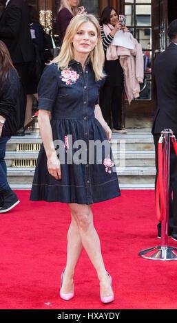 Londres, Reino Unido. 15 de marzo de 2017. La actriz Emilia Fox atiende el Prince's Trust celebrar los éxitos Awards en el Palladium de Londres.