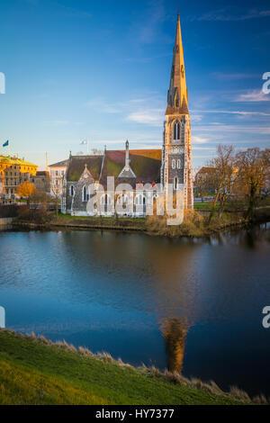 La Iglesia de San Alban, localmente, a menudo referido simplemente como la Iglesia Inglesa, es una iglesia anglicana en Copenhague, Dinamarca.