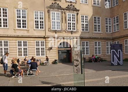 Museo Nacional de Dinamarca, entrada principal patio, en Copenhague.