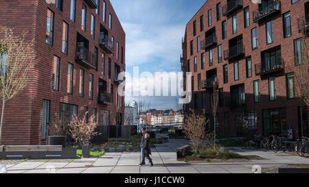 Krøyers Plads por el COBE Arquitectos y vilhelm lauritzen arquitectos, un nuevo paseo marítimo desarrollo de uso mixto en Christianshavn, Copenhague, Dinamarca.