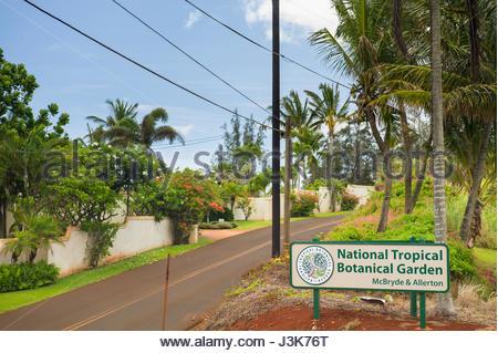 Cartel a la entrada del jardín botánico tropical nacional, Koloa, Kauai, Hawaii, EE.UU. Foto de stock