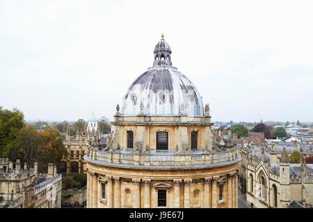 OXFORD/ Reino Unido- el 26 de octubre de 2016: Visión de la Radcliffe Camera Edificio en Oxford