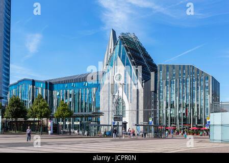 El edificio principal de la Universidad de Leipzig, Augustusplatz, Leipzig, Sajonia, Alemania