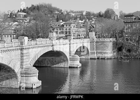 Turín - El Puente Umberto I.