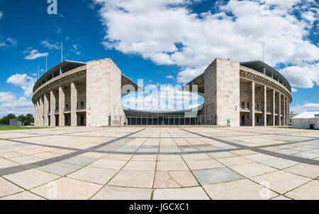 Olympiastadion (estadio olímpico) en Berlín, Alemania