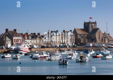 Francia, la región de Normandía, Manche Departamento, Barfleur, puerto de la ciudad de