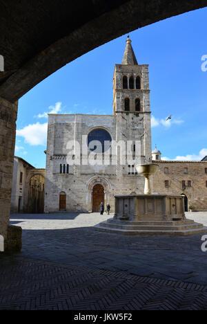 Bevagna (Umbría, Italia) - Un hermoso y encantador pueblo medieval en el corazón de la región de Umbria