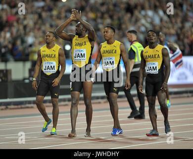 Londres, Reino Unido. 12 Aug, 2017. Usain Bolt (JAM) y su equipo saludan a la multitud. Campeonatos del Mundo de Atletismo de la IAAF. Estadio Olímpico de Londres. Queen Elizabeth Olympic Park. Stratford. Londres. En el Reino Unido. 12/08/2017. Crédito: Deporte en imágenes/Alamy Live News Foto de stock