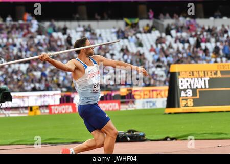 Queen Elizabeth Park, Londres, Reino Unido. 12 de agosto de 2017. Campeonatos Mundiales de la IAAF. Día 9. Hombre de Decathlon, Javelin Throw, Ashley Bryant (GBR). Foto de stock