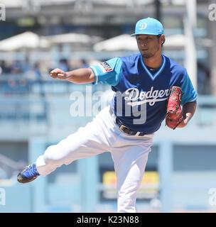 Los Angeles, California, EEUU. 27 Aug, 2017. Yu Darvish es (Dodgers) MLB : Los Angeles Dodgers lanzador abridor Foto de stock