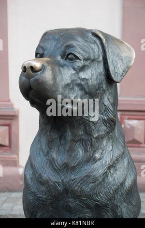 Der Rottweiler, figura de perro, monumento de perro, Rottweil, Baden-Württemberg, Alemania