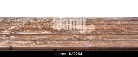 Mesa de madera vacías aislado sobre fondo blanco, listo para usar para la visualización o el montaje de sus productos