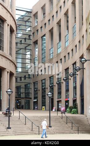 VANCOUVER, Canadá - 18 de julio de 2013: Exterior de la Biblioteca Pública de Vancouver Foto de stock
