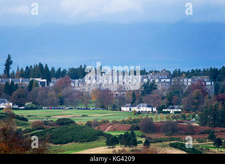 Una vista de Glen Devon del lujo Gleneagles Hotel Auchterarder, Perthshire, Escocia.
