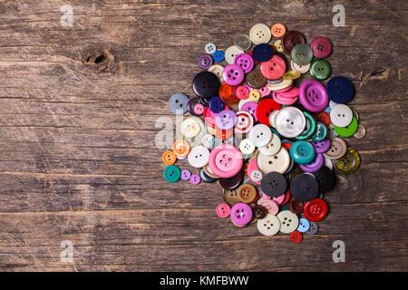 Botones coloridos heap Foto de stock