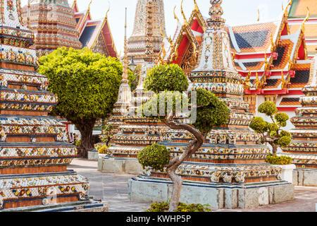 Wat Pho en Bangkok, hito de Tailandia Foto de stock