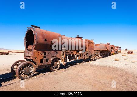 Cementerio de Trenes (Cementerio de Trenes) en Uyuni, Bolivia Foto de stock