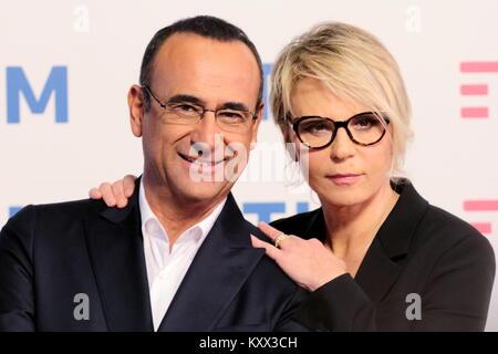 Carlo Conti e Maria de Filippi, photocall Festival di Sanremo 2017.Conferenza stampa presso del techo de la sala del Teatro Ariston.