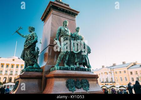Helsinki, Finlandia. Detalles de famosos en la capital finlandesa es Monumento a la Federación emperador Alexander Foto de stock