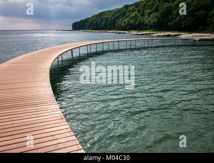Registro playa arrastrados hasta el infinito Bridgea escultura realizada por el arquitecto danés studio & Povlsgaard Arkitekter Gjøde