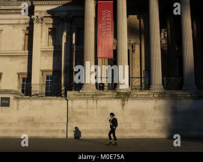 Una caminata por la mañana delante de la National Gallery