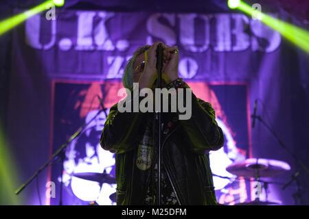 Zagreb, Croacia. 4 de febrero de 2018. Punk rock UK SUBS en 40 Aniversario tour concierto en Boogaloo, Zagreb Crédito: Deyan Baric/Alamy Live News