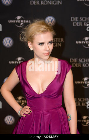 ... Scarlett Johansson am Roten Teppich zur Premierenparty zu  Las hermanas  Bolena  (Die Schwester bb2c74effff