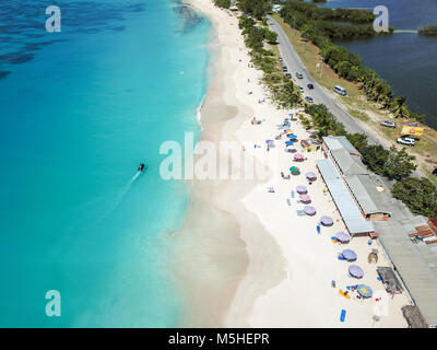 Playa de Darkwood, mitad Hyde Bay, Antigua