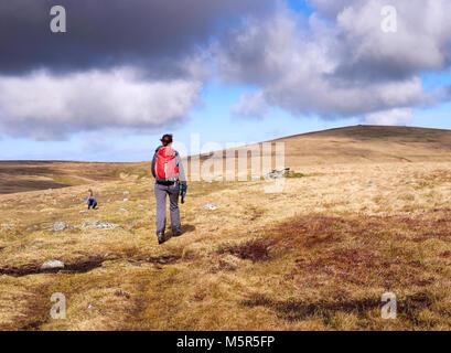 Un excursionista caminando hacia Miton Hill y alto de la cumbre de Pike Carrock cayó en el distrito inglés de Lake District, en el Reino Unido.