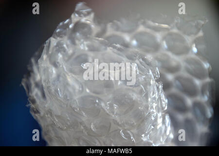 Bubble Wrap material para un embalaje de seguridad, vista cercana, textura abstracta.