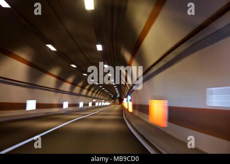 Alquiler de túnel, el desenfoque de movimiento a alta velocidad
