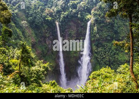 Tad Fan cascada, meseta de Bolaven; Champasak, Laos