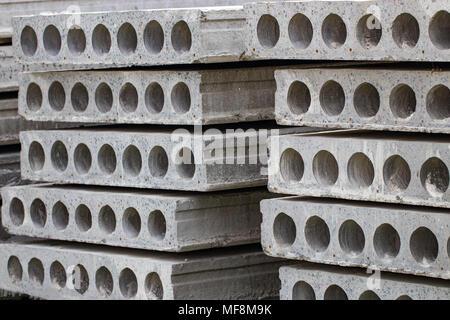 La construcción de losas de hormigón armado. Close-up.