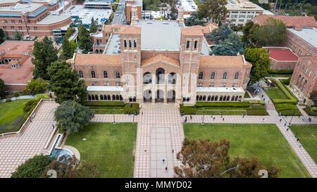Royce Hall, Dickson Corte, campus de UCLA, Universidad de California en Los Angeles, California