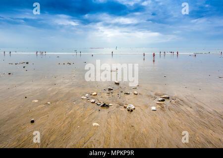 La playa de Le Havre, Normandía, Francia