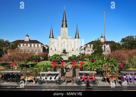 La Catedral de Saint Louis en el Barrio Francés de Nueva Orleans, Luisiana, EE.UU.