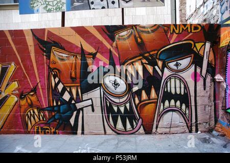 GRAFFITIS. El barrio de la Barceloneta. Barcelona. Cataluña.