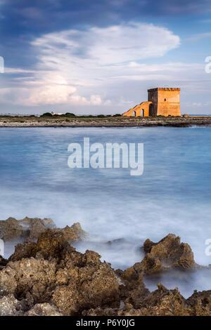 Italia, Italia, Apulia, Puglia. Salento, península de Salento. Distrito de Lecce. Porto Cesareo Torre Lapillo Playa.