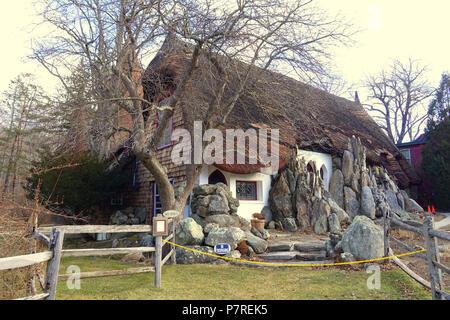 Inglés: - Tyringham Santarella, Massachusetts. Creado por el escultor Henry Hudson Kitson (1863-1947) como su hogar y estudio. El 15 de enero de 2017, 12:00:28 340 - Tyringham Santarella, MA - DSC07317