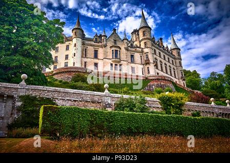 Dunrobin Castle (SC18)
