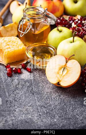 La miel, manzana y Granada para Rosh Hashaná