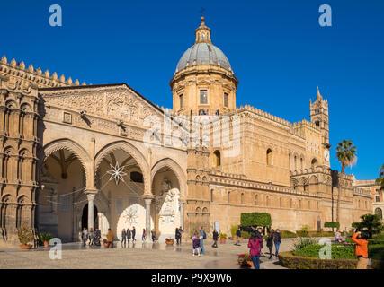 Exterior de la catedral de Palermo, de la Asunción de la Virgen María, Palermo, Sicilia, Italia, Europa