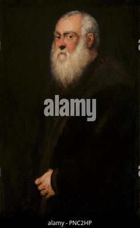 "Retrato de un White-Bearded Man. Fecha/período: Ca. 1570. La pintura. Óleo sobre lienzo. Altura: 924 mm (36,37); anchura: 595 mm (23.42""). Autor: Tintoretto."
