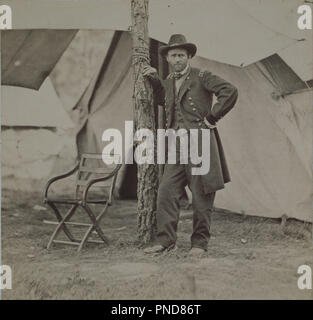Ulysses S. Grant. Fecha/período: 1864. Fotografía. Albúmina impresión. Altura: 116 mm (4,56 in); anchura: 121 mm (4,76 pulg.). Autor: Mathew B. Brady.