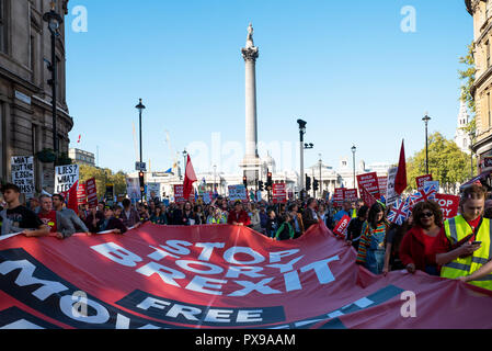 Londres, Reino Unido. 20 de octubre de 2018. La gente€™s votar en marzo para el futuro. Marchando por el centro de Londres, a la Plaza del Parlamento de los pueblos y exigiendo una votación sobre cualquier trato Brexit final. Organizado por los pueblos votación abierta campaña, apoyada por Gran Bretaña, el Movimiento Europeo, Reino Unido de Gran Bretaña para Europa, los científicos de la UE, más sano en nuestro futuro, nuestra elección, para nuestro futuro€™s Sake, Gales para Europa & InFacts. Crédito: Stephen Bell/Alamy Live News